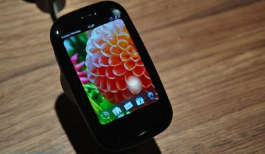 "CES 2010: Palm Pre & Pixi gets a ""refresh"""